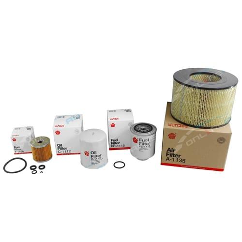 Sakura Air Oil & Fuel Filter Kit suits Landcruiser HDJ79R 6cyl 4.2L 1HD-FTE 2001 2002 2003 2004 2005 2006 2007 Toyota